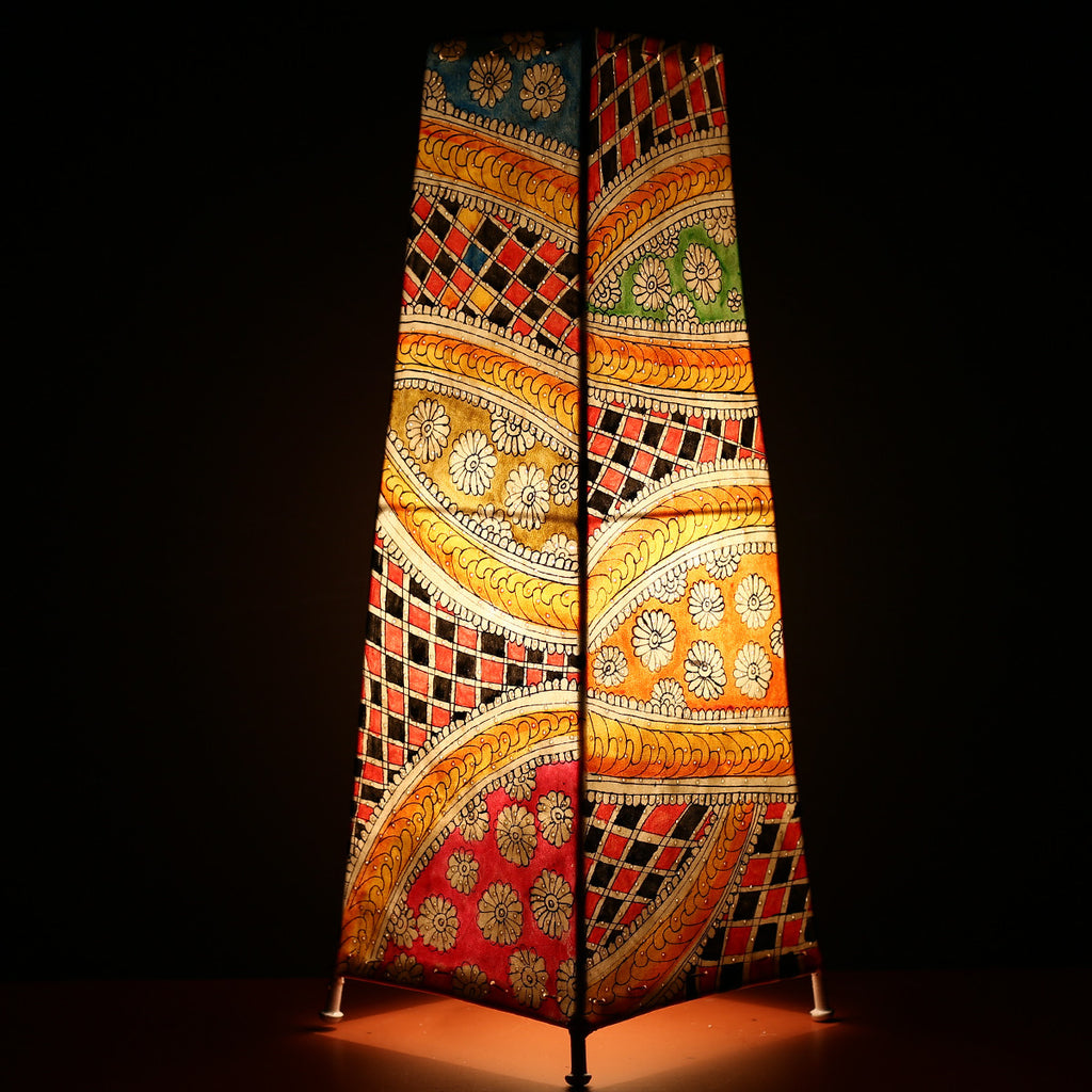 Big Andhra Pradesh Leather Lamp with Abstract Design 1