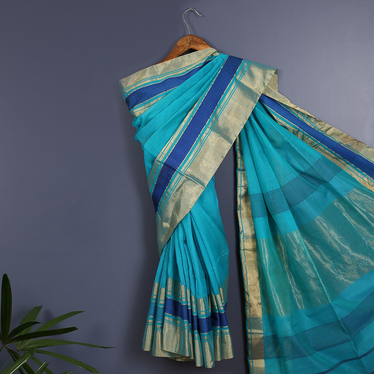 Maheshwari Handloom Cotton Silk Saree with Blouse 6