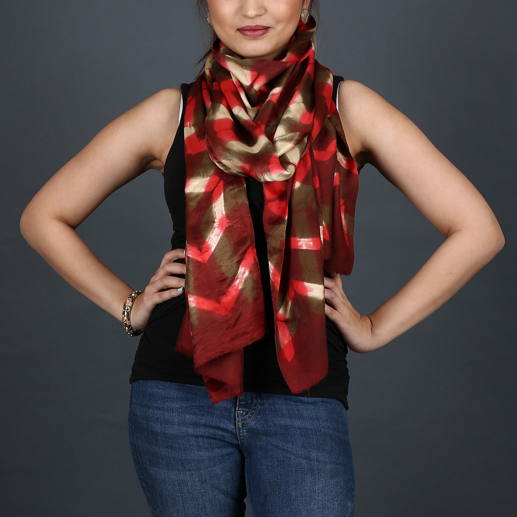 Kutch Tie & Dye Stole in Gajji Silk with Clamp Dye 4