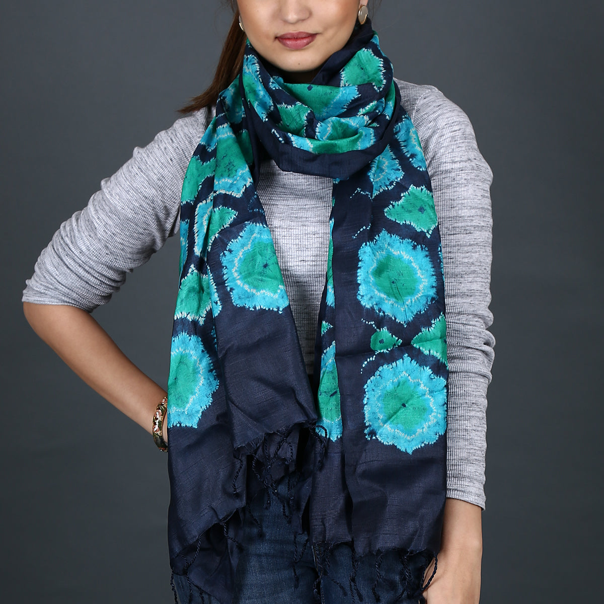Indigo green coloured Kutch Bandhni Shibori Stole in tussar silk