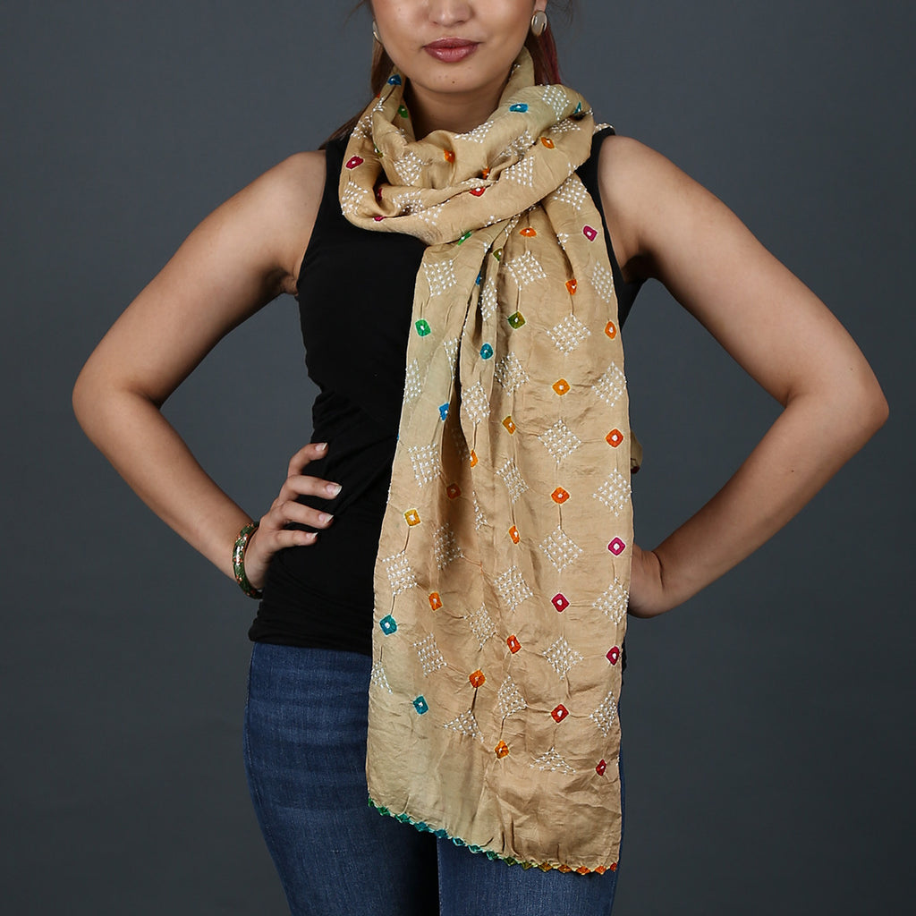 Cream coloured Kutch Bandhni Stole in Gajji Silk with geometric design