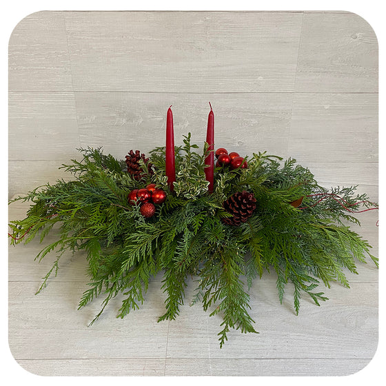 Extra Large Centrepiece with Christmas Red Details