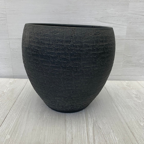 Aztec Black Pot