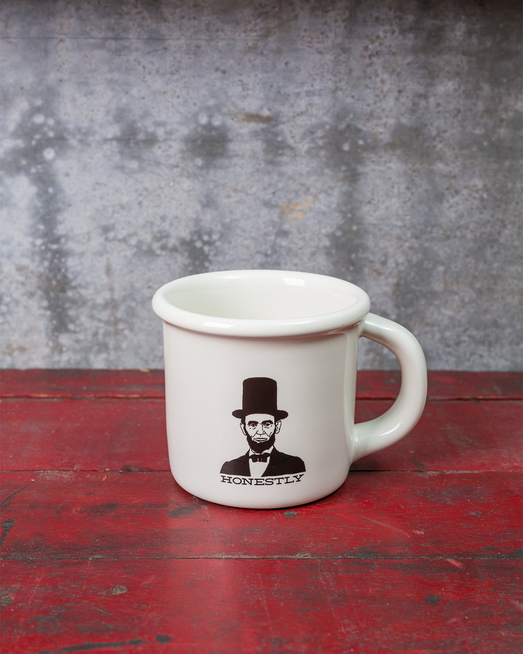 """Honestly"" Abraham Lincoln Mug - Fishs Eddy"