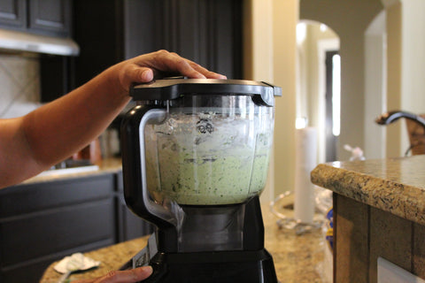 Creamy Guacamole Sauce blended with Ninja Food Processor