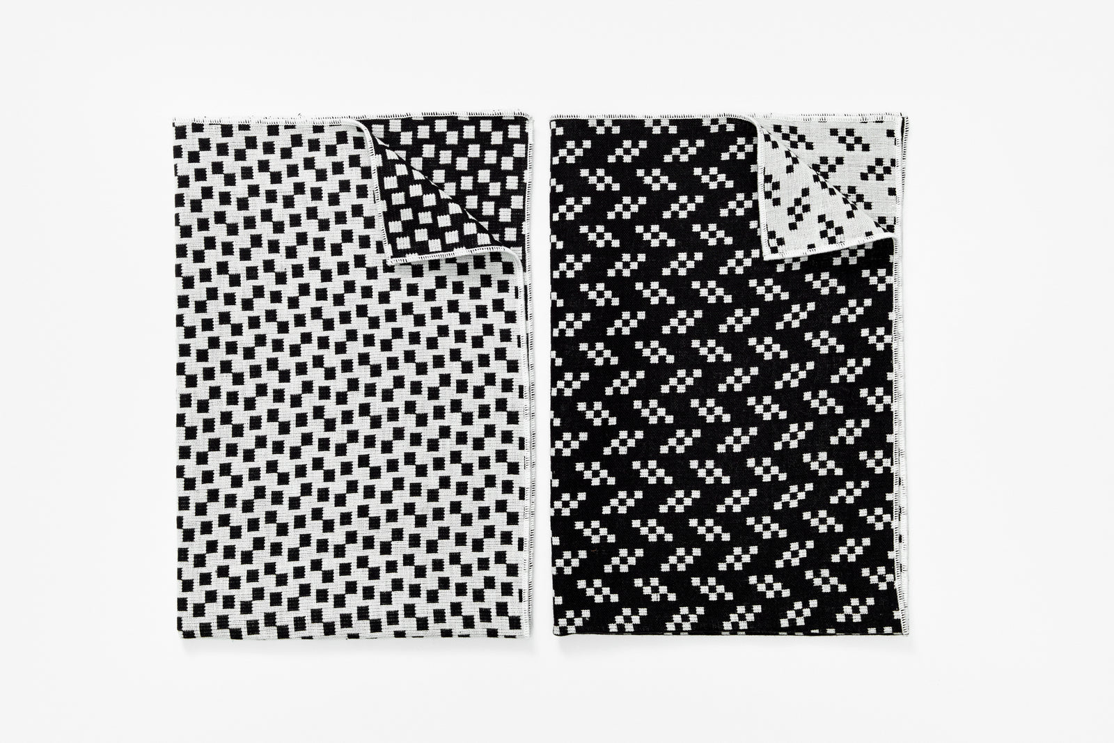 Bitmap Textiles - Tea Towels Black/White (Bits and Static)