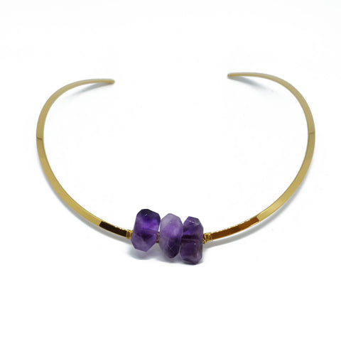 Golden choker with 3 irregular amethysts