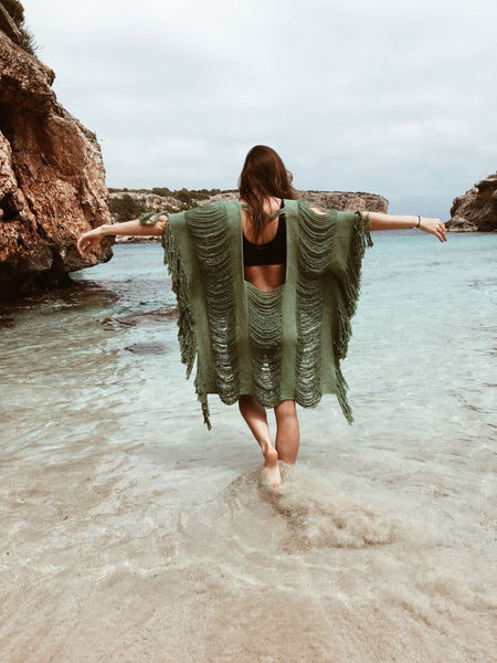 sustainable fashion, alejandra raw, beach wear