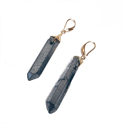 Earrings with grey quartz