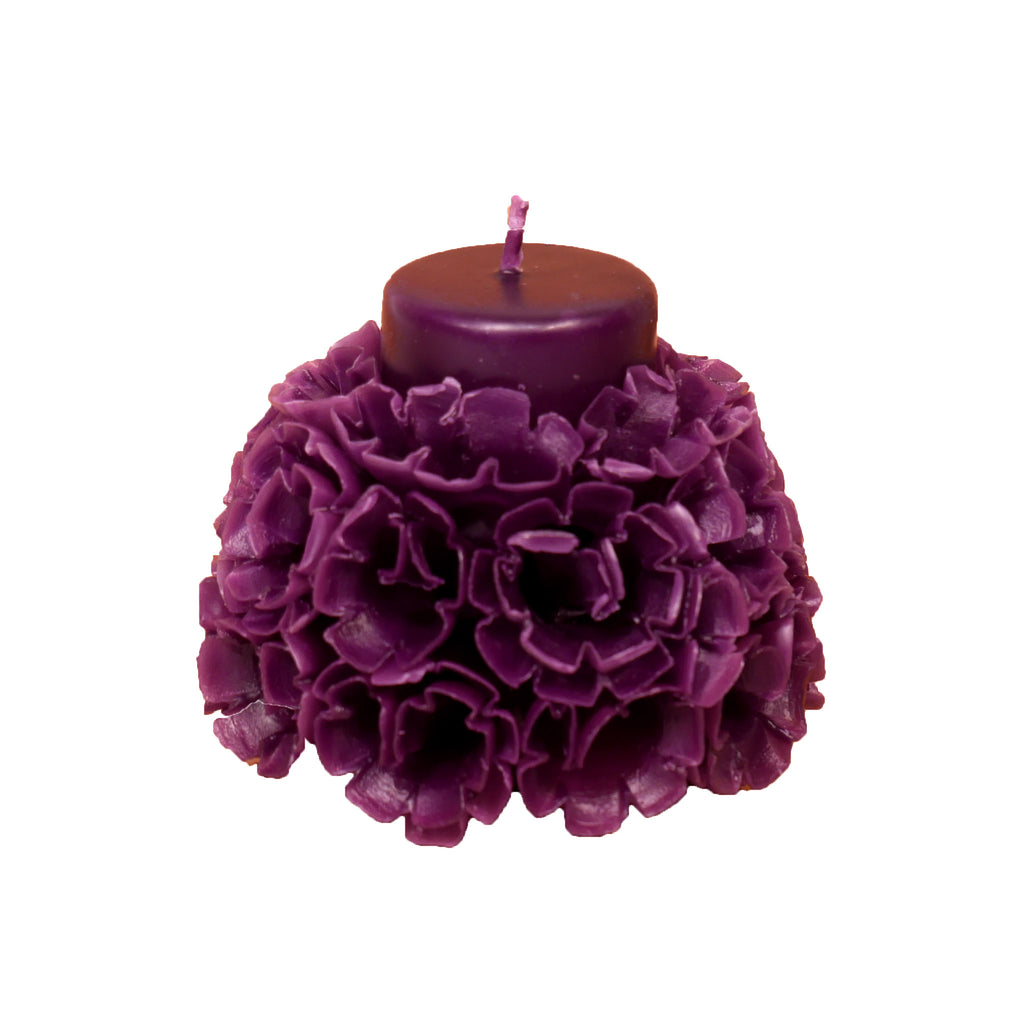 Carved Blossoms Candle with vanilla scent - Medium