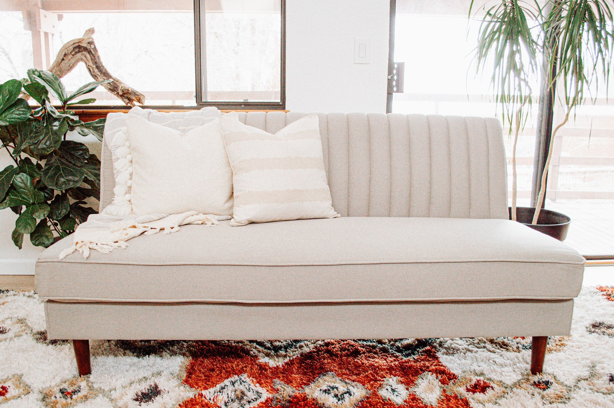 An Armless Sofa That Fits in (But Also Stands Out) Anywhere