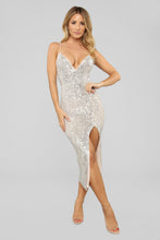 Load image into Gallery viewer, NWT Fashion Nova Stars Do Shine Sequin Dress