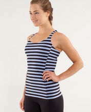 Load image into Gallery viewer, lululemon Free To Be Sea Stripe Tank (XS)