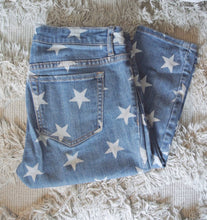 Load image into Gallery viewer, Forever 21 Star Denim