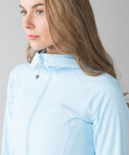 Load image into Gallery viewer, lululemon In Flux Jacket