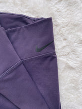 Load image into Gallery viewer, Nike High Waisted Legging (S)