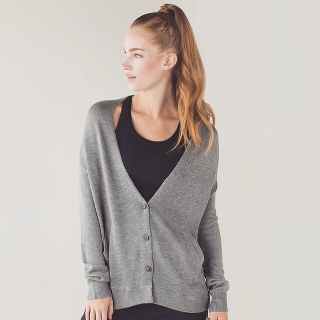 Lululemon NWT Cardi in the Front