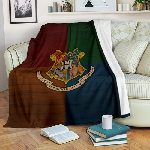 Harry Potter Hogwarts Premium Blanket