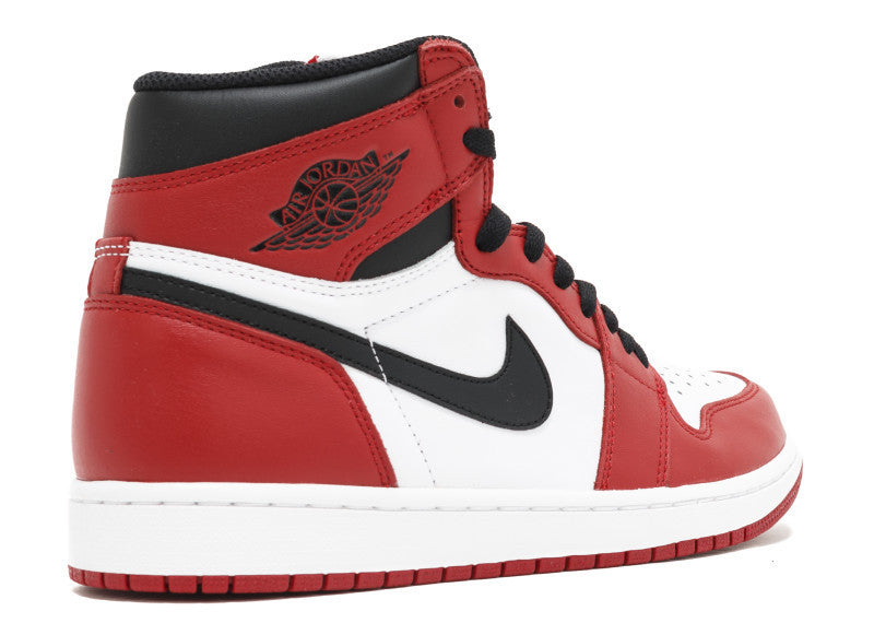 "Air Jordan 1 Retro High OG ""Chicago 2015 "" PRE OWNED"