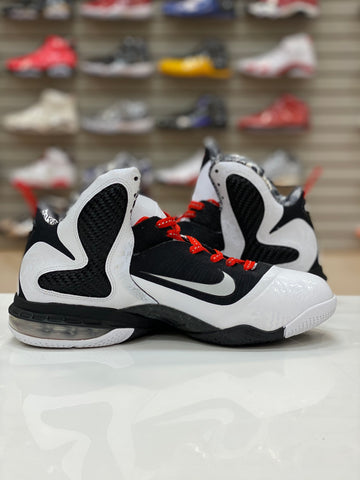 "PRE-OWNED Nike LeBron 9 ""FREEGUMS"""