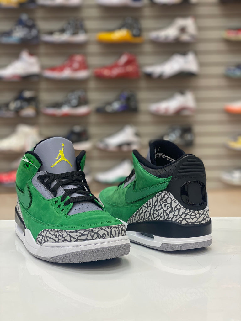 "Air Jordan 3 Retro ""Tinker Oregon PE Sample"""