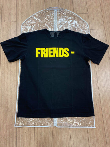 "VLONE ""FREINDS YELLOW"" BLACK TEE"