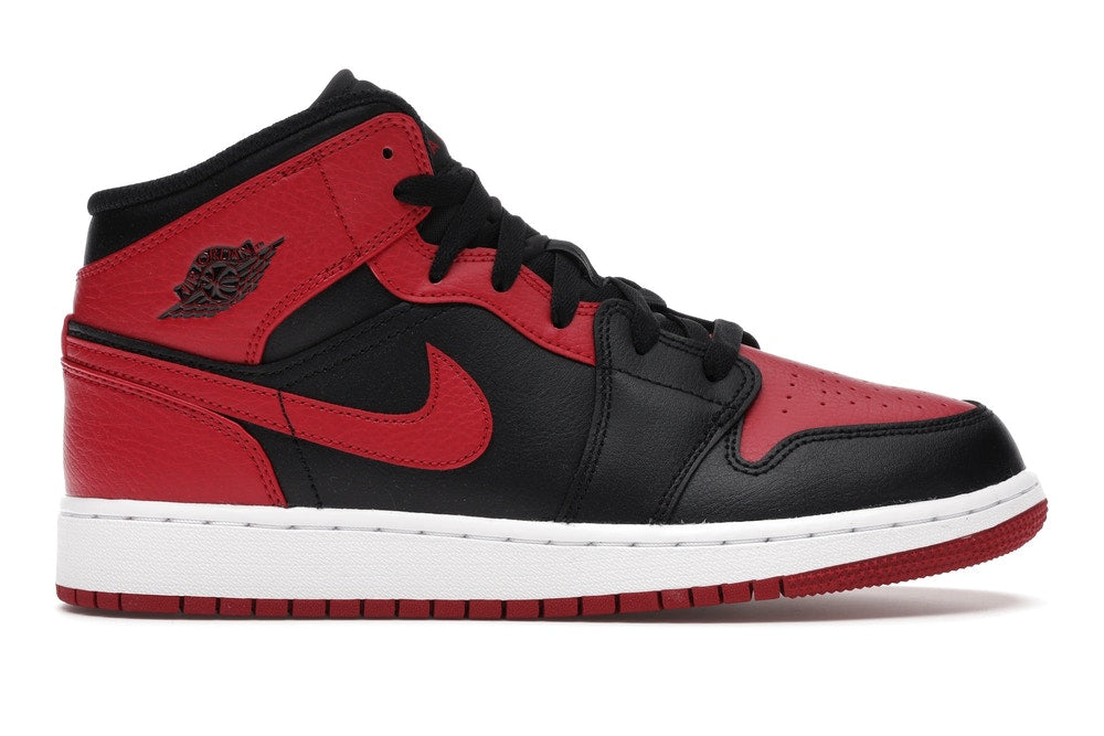 "Air Jordan 1 Mid (GS) ""BANNED 2020"" 554725 074"