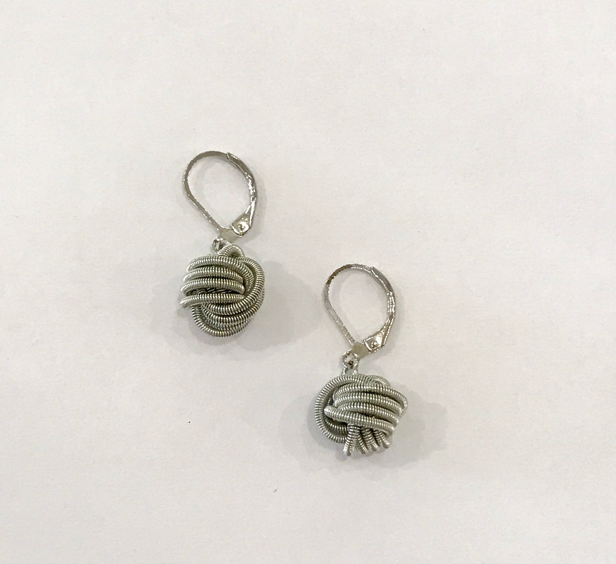 Sea Lily Piano Wire Earrings - Silver Knot