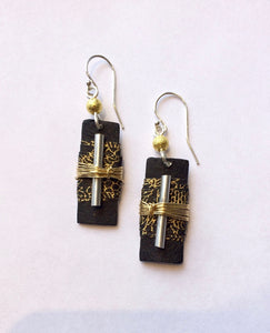 Wide Mouth Frog Black and Gold Earrings