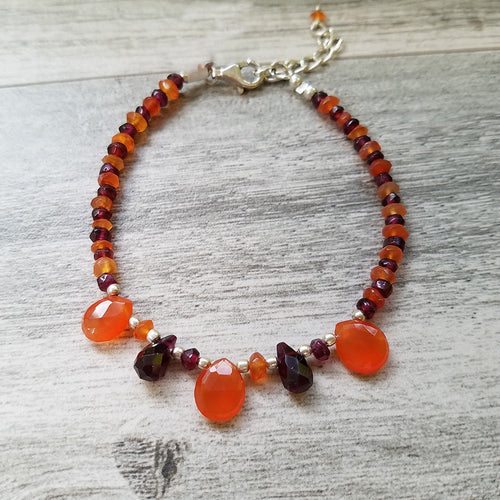 Beautiful Carnelian-Garnet Bracelet