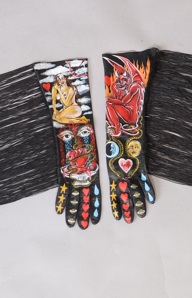 Open Ended Love Story Fringe Gloves