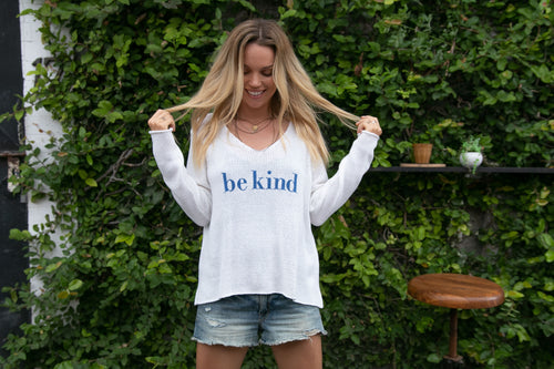 BE KIND SWEATER - WHITE