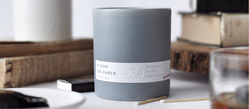tobacco leather luxury scented candle