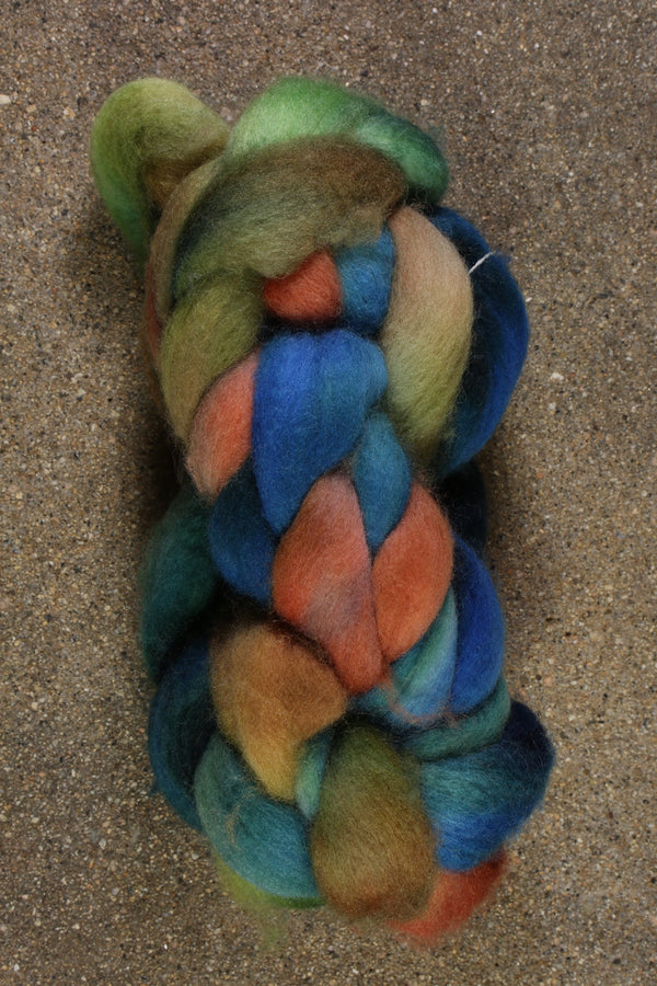 Happy Fuzzy Yarn BFL Combed Top