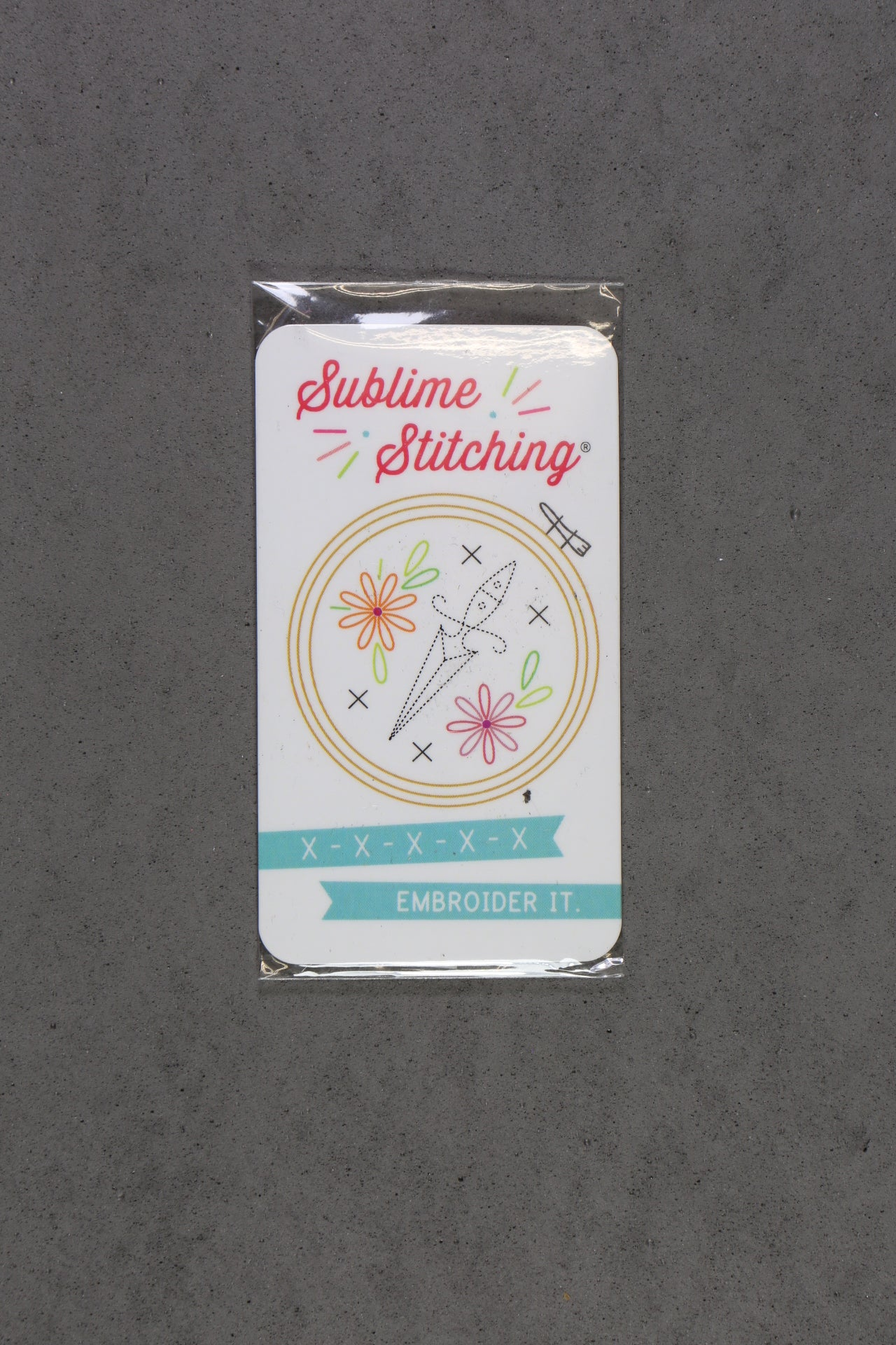Sublime Stitching Hand Embroidery Needles Pack And Magnet The