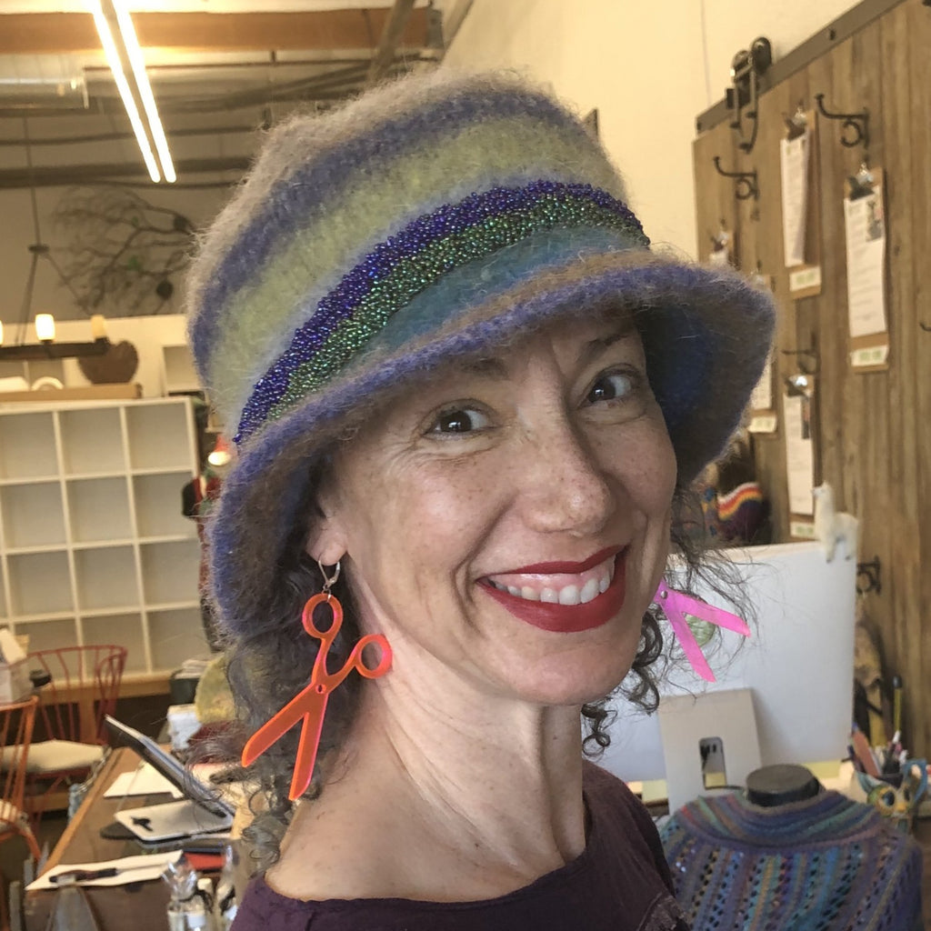 A Stylish Felted Hat! with Ana P.