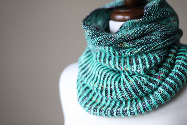 Stitch Together Studio Garter Snake Cowl Kit PREORDER