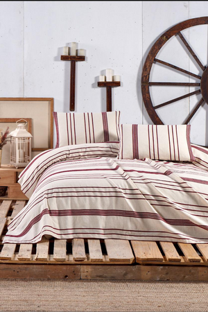 Load image into Gallery viewer, Stripe Duvet Cover Set in Burgundy for a Queen size bed