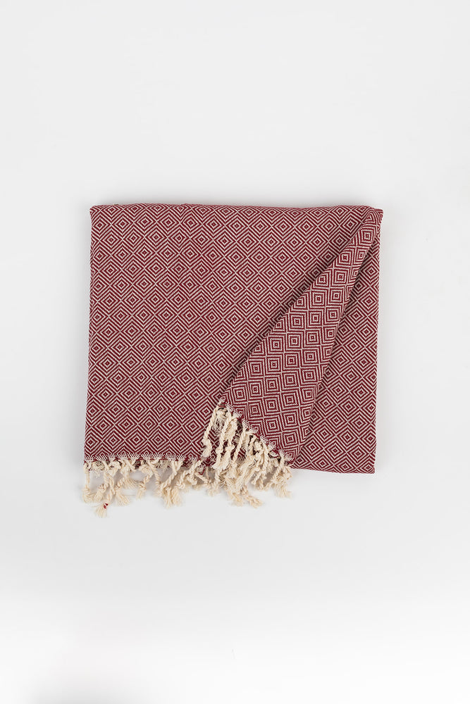 Geometric Diamond Weave Turkish Towel in Maroon