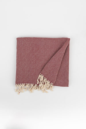 Load image into Gallery viewer, Geometric Diamond Weave Turkish Towel in Maroon