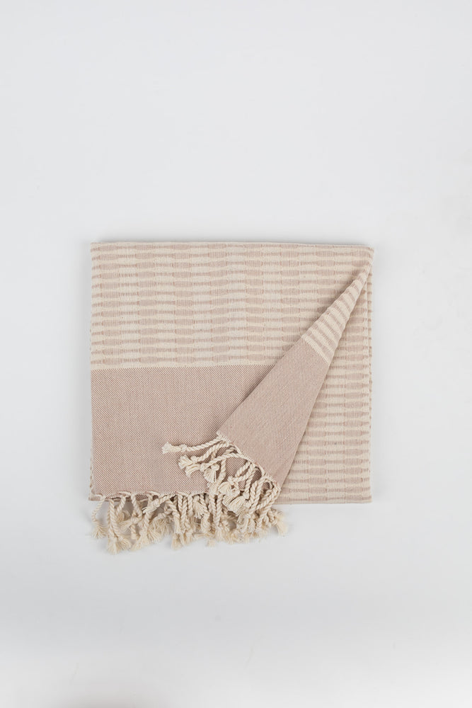 Raised Weave Turkish Towel in Walnut