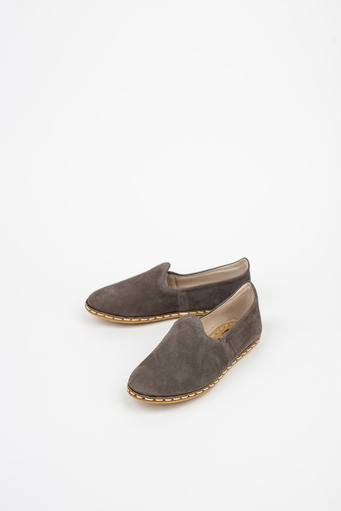 Load image into Gallery viewer, Neutral Suede Slip On in Grey