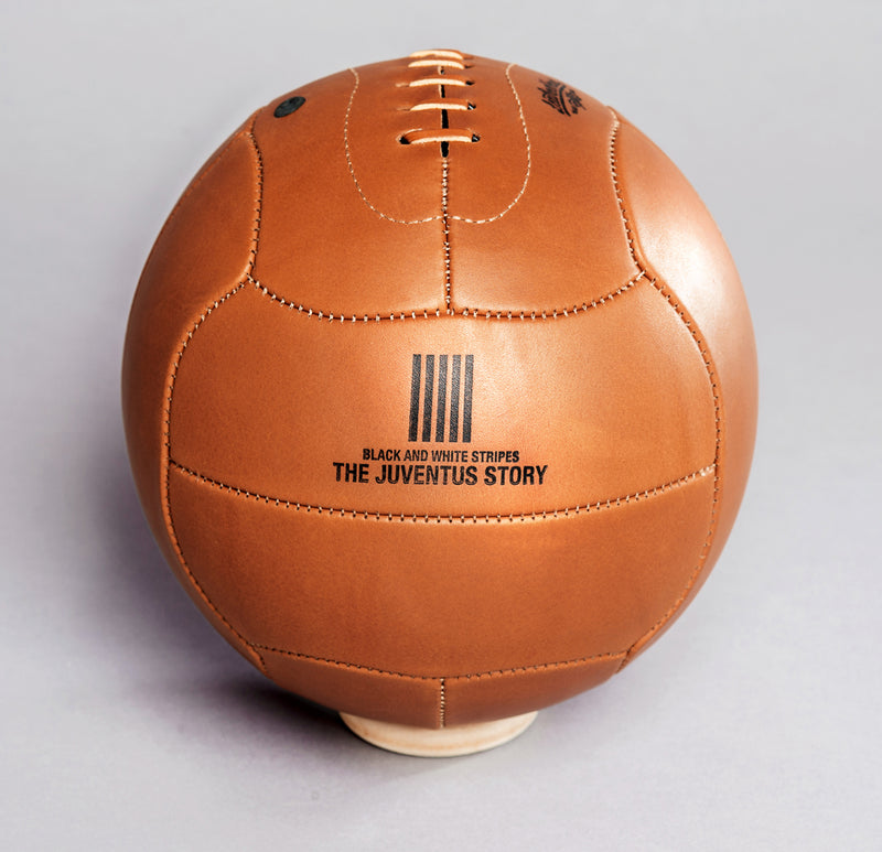 American Tanned Leather '1935 Legacy' Ball