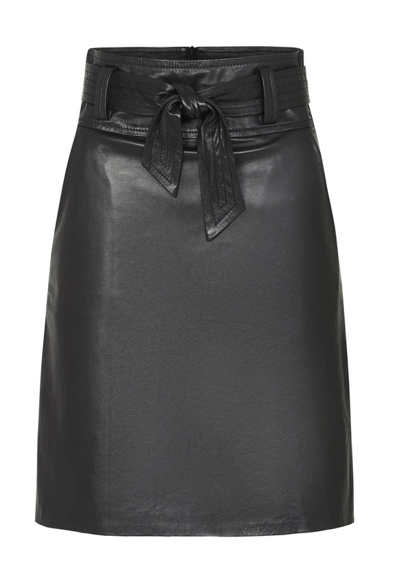 Zahlia | The Bowie Designer Leather Skirt. High waist leather skirt. Style Odyssey