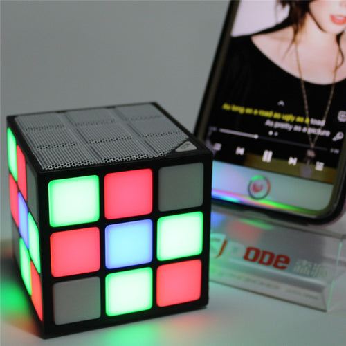 Magic Cube Colorful Speaker