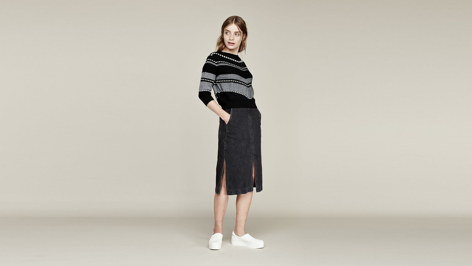 Where Mountains Meet Leena Skirt in Washed Black