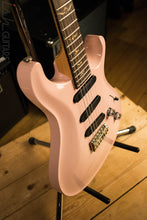 2009 Paul Reed Smith PRS 305 Grandma Hannon Pink EXCELLENT!