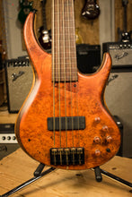 NAMM 2017 MTD 535 Marilyn 5 String Piezo Fretless Bass Guitar