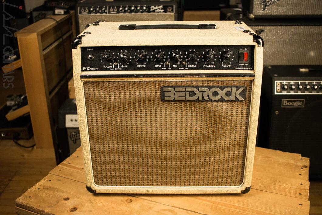BedRock 621 Combo Tweed Amplifier