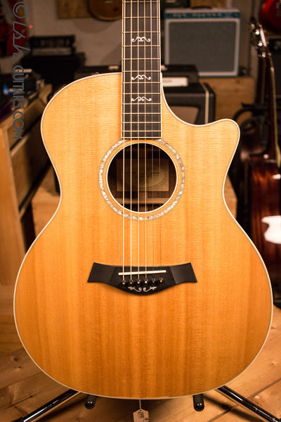 Taylor W14CE-LTD Acoustic Electirc Guitar Walnut Back and Sides
